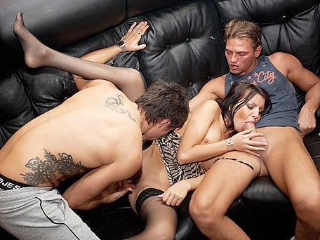 neyo and groupie sex