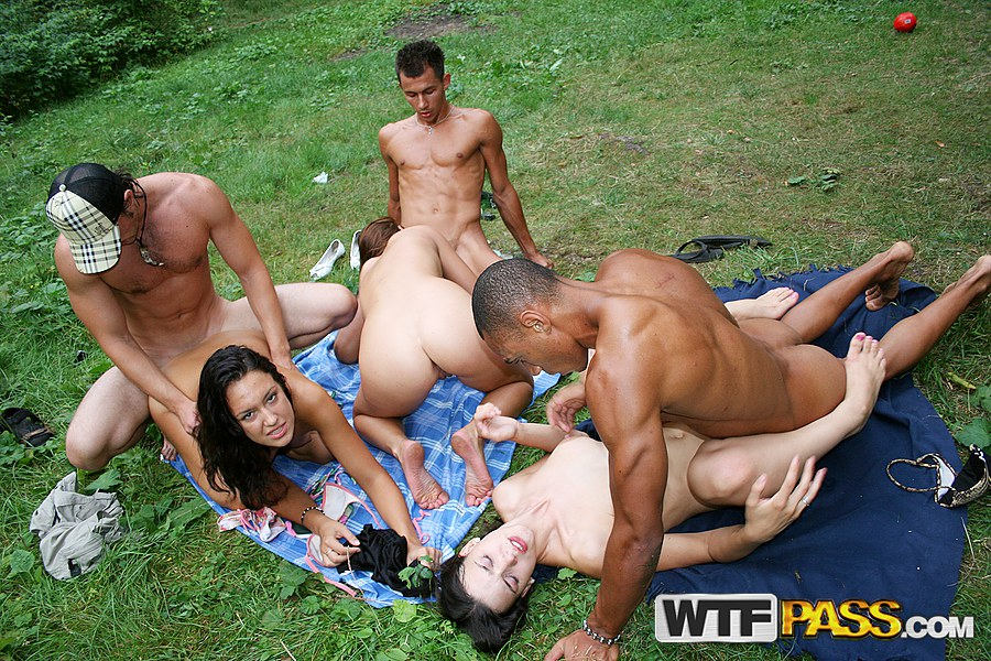Forest group sex