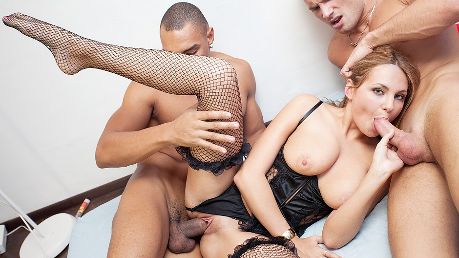 Hard Fuck Girls gang bang video