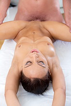 Beautiful Hottie Gets Anal Fucked After Bum Massage - Picture 10