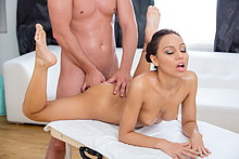 Beautiful Hottie Gets Anal Fucked After Bum Massage - Picture 13