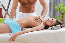 A Gal Came For A Massage But Got Cum In Her Mouth In Hd Porn - Picture 13