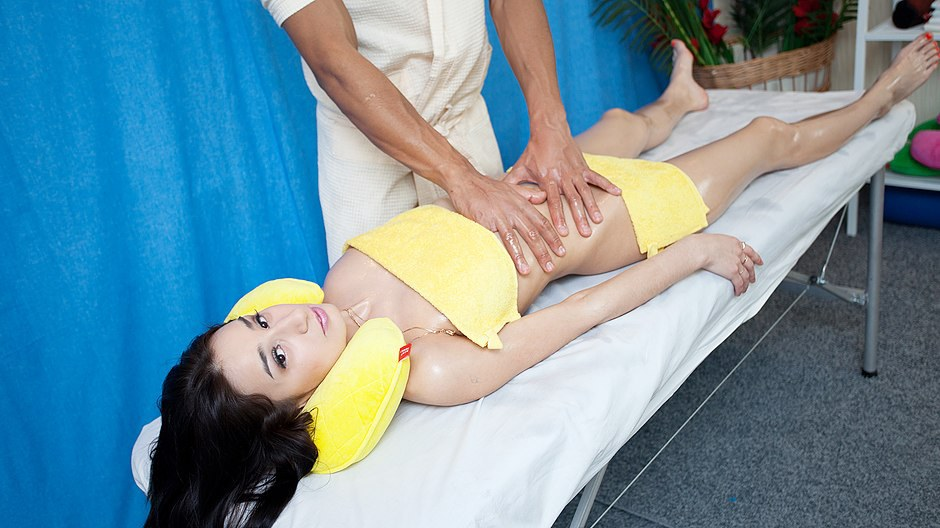 quick grass massage play in porn movie
