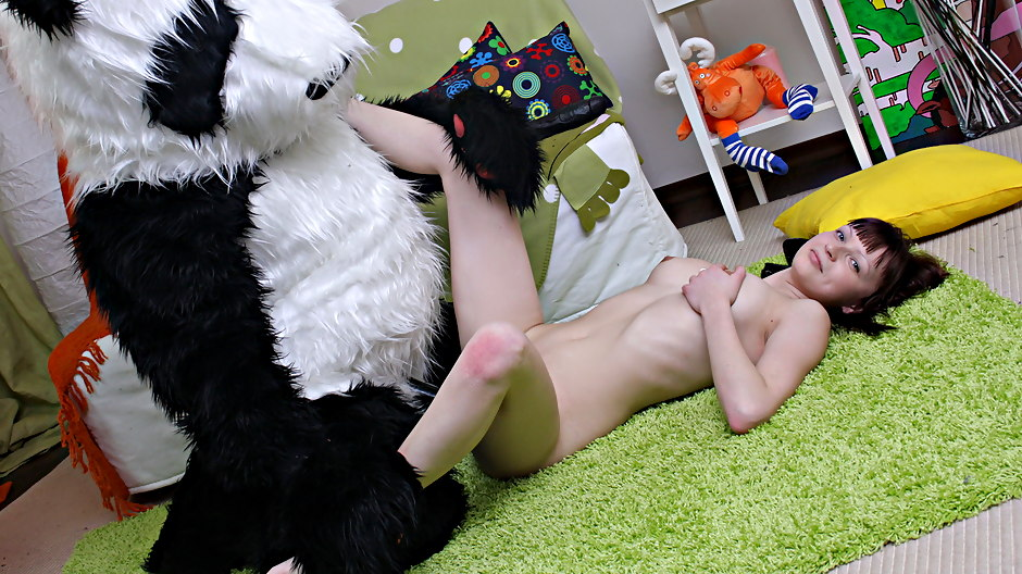 Panda Fuck teen 18+ video