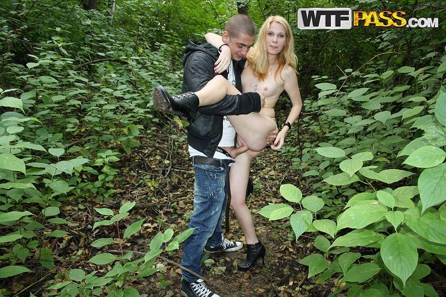 realsex outdoorsex