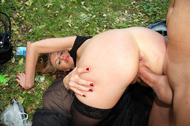 Public-sex-for-money-from-porn-hunter,-HD-porn